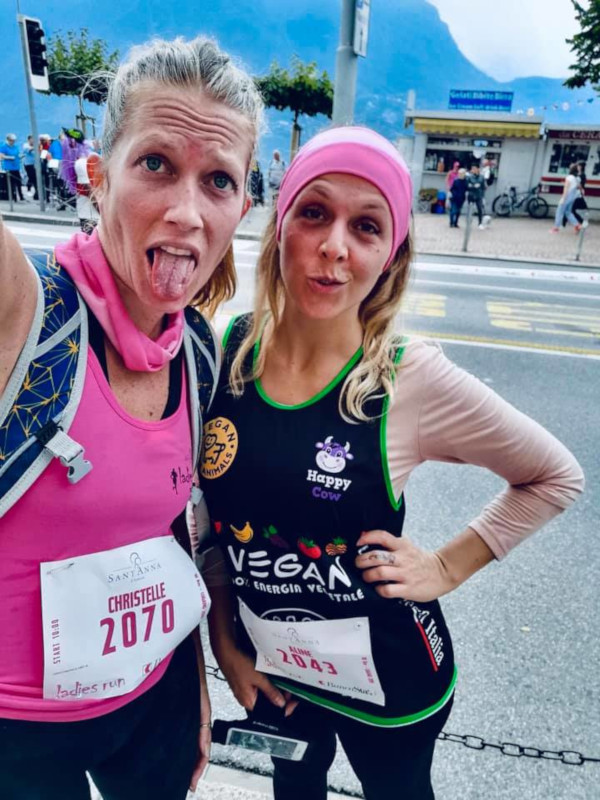 Veganrunner Aline Domenighetti e amica alla Ladies Run 10 km